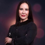 Стелла Захарова