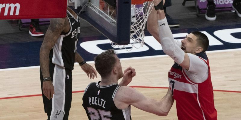 Украинский баскетболист провел яркий матч в НБА