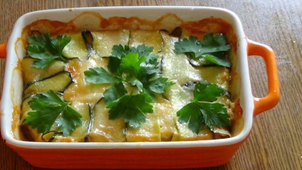 Кабачки с картошкой и фаршем, запеченные в духовке: просто, быстро и очень вкусно