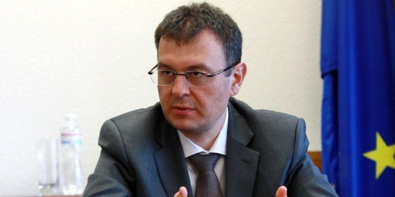 Объем теневой экономики в Украине составляет половину ВВП – Гетманцев