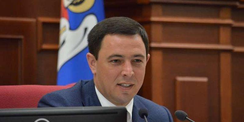 За екзитполами в одному з округів Києва може виграти не «Слуга народу»