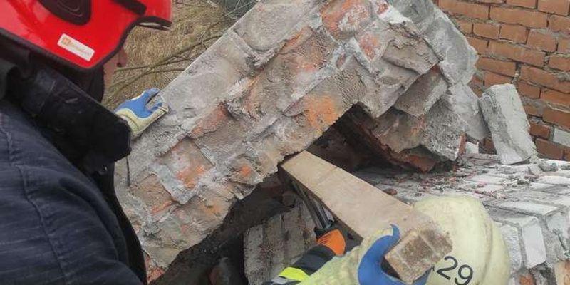 Трагедія на Львівщині: чоловік загинув під завалами будинку