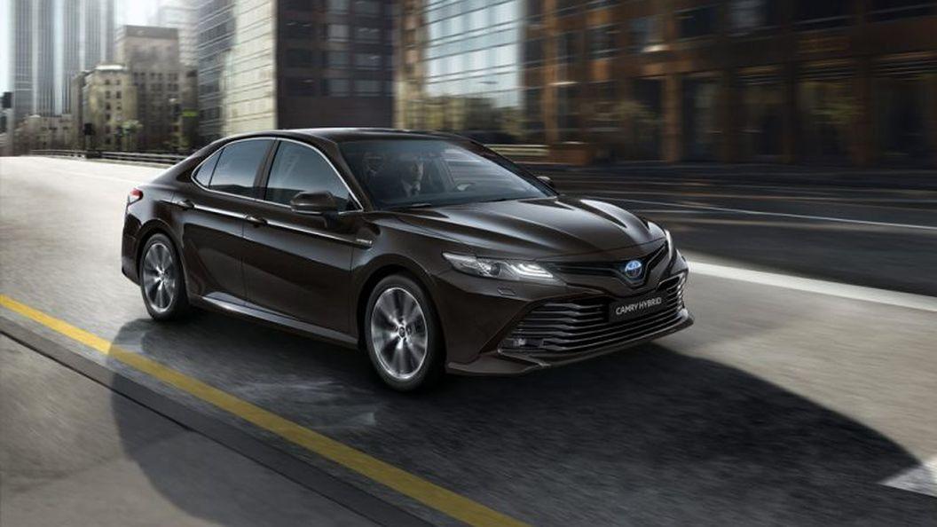 Самая экономичная Toyota Camry уже в Украине
